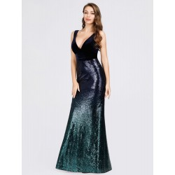 Dlouhé šaty s flitry barva...